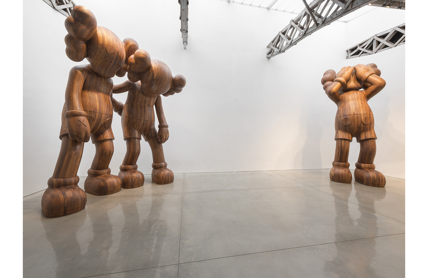 KAWS GOING AS FRIENDS - View 3